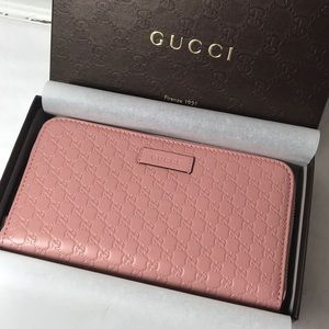 Authentic Pink Gucci Microguccissima Wallet NWT